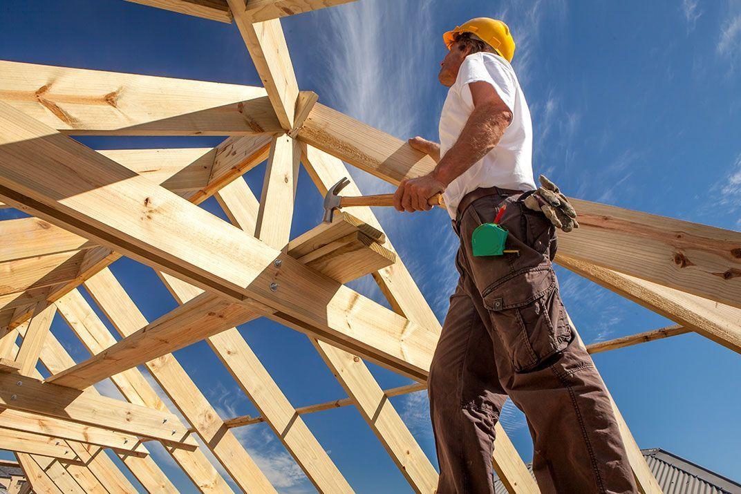 What insurance do builders need?